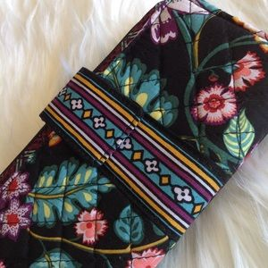 Beautiful Vers bradly quilted wallet bnwt